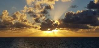 AIDA-Seetag-Wolken-Sonnenuntergang-2