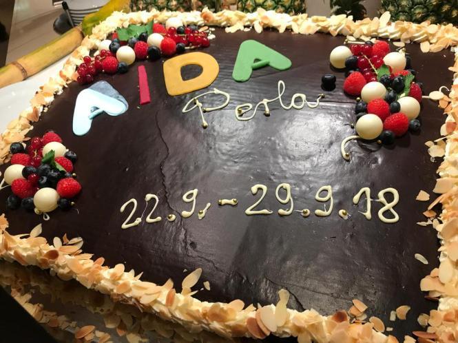 AIDAperla-Abschiedstorte-1