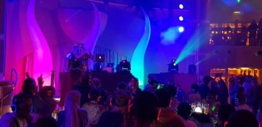 AIDAperla-Beachclub-bei_Nacht-Silent_Party-4