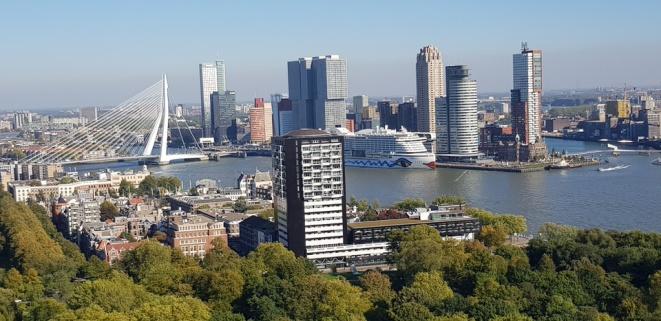 Rotterdam-Blick_vom_Euromast-Skyline-4
