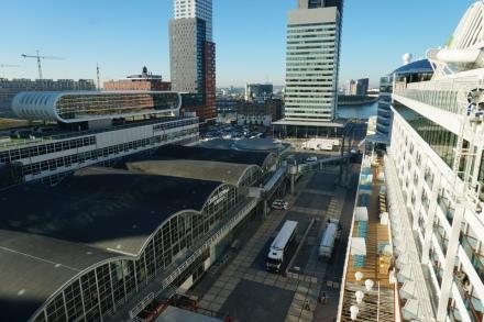 Rotterdam-Hafen-Pier-1