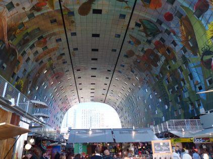 Rotterdam-Markthalle-Kunst_im_Innenraum-2