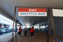 Rotterdam-Shuttle_Bus-Wegweiser-1