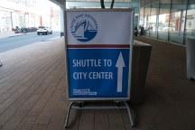 Rotterdam-Shuttle_Bus-Wegweiser-2