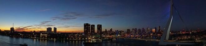 Rotterdam-Skyline-Erasmusbruecke-bei_Nacht-Panorama-2