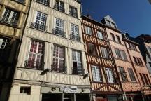 Rouen-Altstadt-Fachwerkhaeuser-5