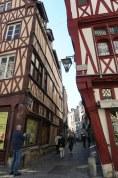 Rouen-Altstadt-Fachwerkhaeuser-9