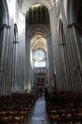 Rouen-Kathedrale-Innenraum-1