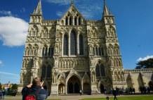Salisbury-Kathedrale-Aussenansicht-2