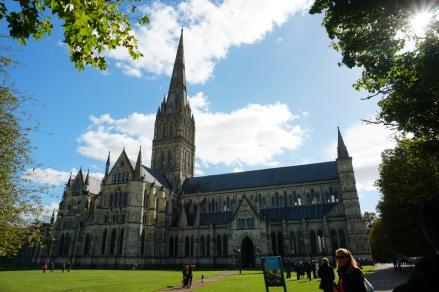Salisbury-Kathedrale-Gesamtansicht-1