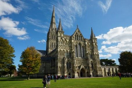 Salisbury-Kathedrale-Gesamtansicht-2