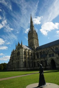 Salisbury-Kathedrale-Gesamtansicht-3