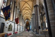 Salisbury-Kathedrale-Innenraum-1