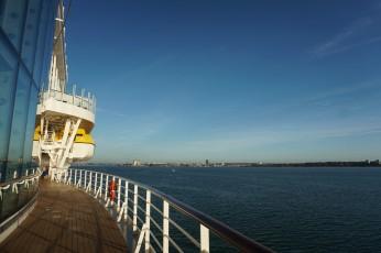 Southampton-Einfahrt_Hafen-1