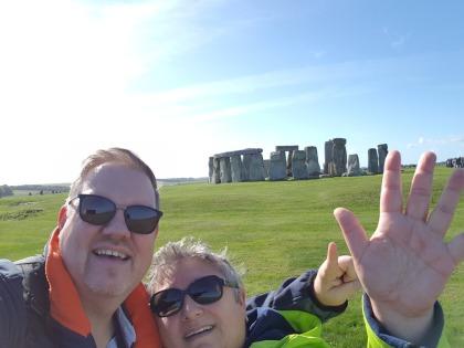 Stonehenge-wir-1